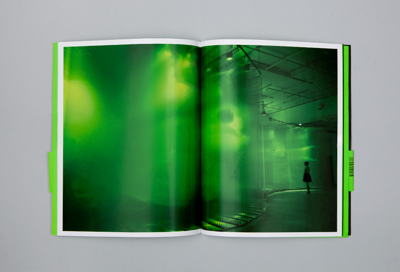 Publication, no 5 : David Spriggs, Stratachrome, double page